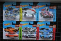 Машинки Hot Wheels Basic Car наборами по 6 шт