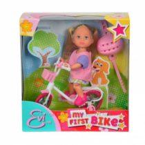 Эви на велосипеде от Симба