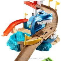 Трек Hot Wheels Color Shifters Sharkport Хот Виллс Атака акулы измени цвет