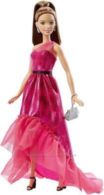 Барби в шикарном платье