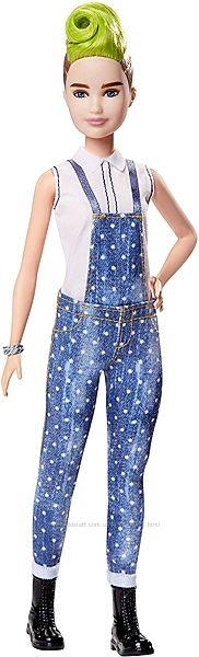 Кукла Барби Модница с зеленым ирокезом в джинсовом комбинезоне Barbie Fashi