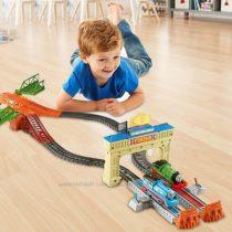 Моторизированная железная дорога Томаса Thomas Railway Race Set
